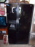 Kenmore Elite Refrigerator/Freezer With Ice in Door