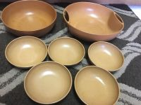 Vintage bowl set Fllinggers 2 large bowls 12x3 and 9x3 and 5 smaller bowls 51/2 x1 1/2