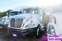 2010 Navistar Prostar Tandem Axle Daycab Tractor