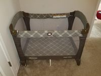 Graco Pack n Play with mattress & waterproof mattress cover