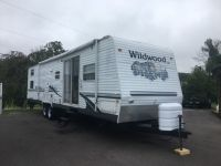 2005 Forest River Wildwood 37BHSS