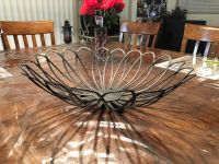 Fruit bowl/decor bowl 17 in wide across top