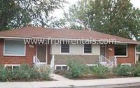 Charming 3 Bed/ 2 Bath Duplex with washer and dryer included