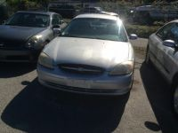 2000 Ford Taurus 4dr Sdn SES
