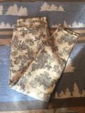 Mossimo size 5 fit 6 skinny jeans GRAYSCALE FLORAL