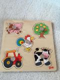 Wooden Toddler puzzle with big knobs