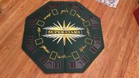Pokers Super Starts I large table top poker table. Folds up easy for easy storage. In excellent condition!!