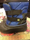 snow boots size 2