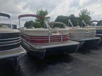 2017 SunChaser Classic Cruise 8522 Pontoons Boats Kaukauna, WI