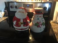 Cookie jars both for one price