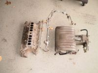 1986-1993 Ford Mustang 302 5.0L Fuel Injection Intake Lower Base UPPER INTAKE  AND FUEL RAIL
