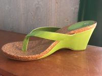 Cute heeled sandals; size 8
