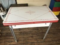Beautiful Vintage table w/pull outs