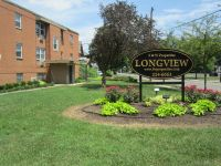 2 Br with FREE WiFi!!!! Woodland Park area, near Franklin Park Conservatory, Wolfe Park,YMCA, Columbus Metropolitan Library, on #16 bus line, on site laundry and off street parking.