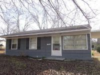 3 Bed 1 Bath Foreclosure Property in West Point, MS 39773 - Wood Ave