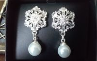 Silvertone Snowflake Earrings, AVON Sparkling Winter Snowflake Collection