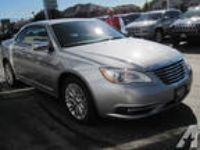 2013 CHRYSLER 200 Limited 2dr Convertible