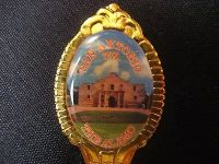 San Antonio texas alamo gold tone engraved usa state collectible spoon travel