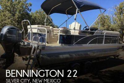 2015 Bennington 22sx