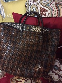 Large leather Nordstrom Purse/Tote $19, clean inside, great condition