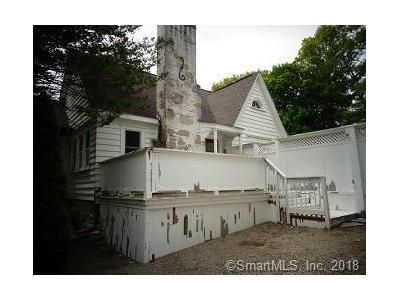 4 Bed 2.5 Bath Foreclosure Property in Danielson, CT 06239 - Maple St