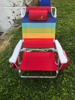 Nautica beach chair with zipper cooler and 2 cup holders attached to chair