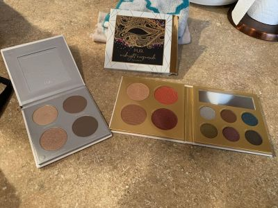 PUR face pallet and Sculpture pallet new never used asking $20