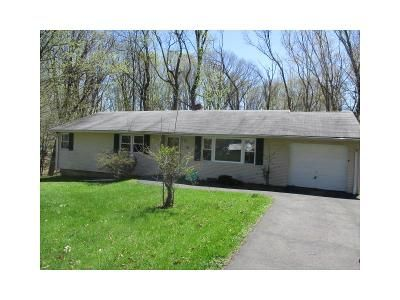 3 Bed 2 Bath Foreclosure Property in Hamden, CT 06514 - Bear Path Rd