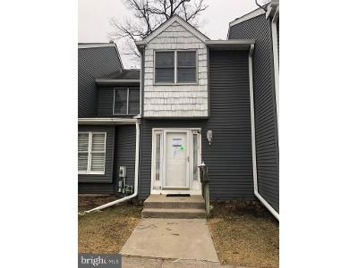 2 Bed 3 Bath Foreclosure Property in Riverside, NJ 08075 - Suburban Blvd # 7