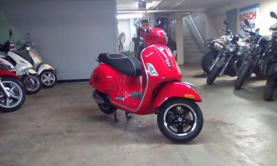 2018 Vespa GTS 300ie ABS 250 - 500cc Scooters Middleton, WI