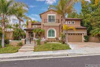 29117 Black Pine Way Saugus Four BR, The moment you drive up to