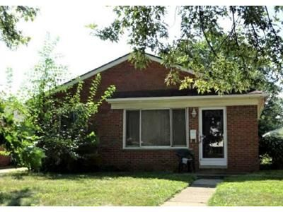 3 Bed 1 Bath Foreclosure Property in Taylor, MI 48180 - Oak St