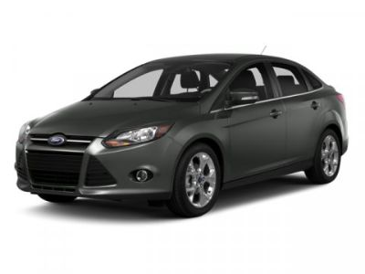2014 Ford Focus S (White)