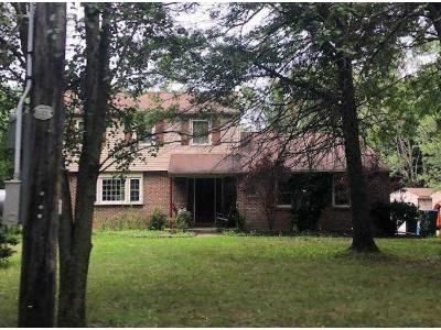 3 Bed 1.5 Bath Foreclosure Property in Pipersville, PA 18947 - Scott Rd