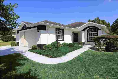 1869 W Shanelle Path Lecanto Three BR, live in the heart of
