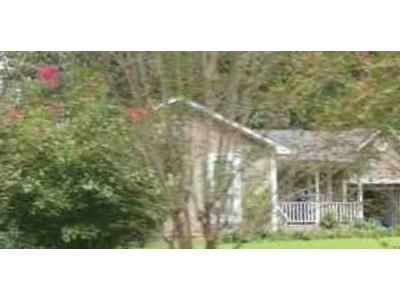 3 Bed 2 Bath Foreclosure Property in Pinson, AL 35126 - Hitching Post Dr