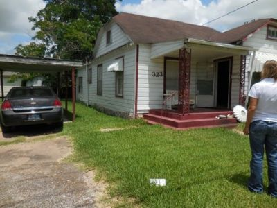 Huge Opportunity. 4/1 Rent to Own. Only $700 per month. Located in Wharton.