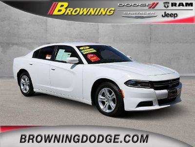 2016 Dodge Charger SE (Bright White Clearcoat)
