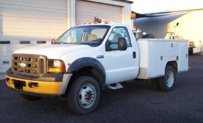 2007 Ford F-550  *4x4* Utility Bed with Crane,