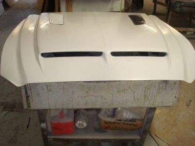 Find Fiberglass RAM AIR Bolt-on Mustang Hood 2015-16, uses front latch and hinges. motorcycle in Cincinnati, Ohio, United States, for US $499.00