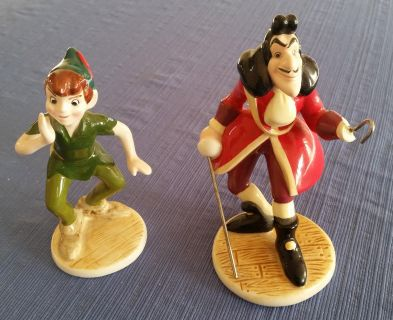 Peter Pan and Captain Hook figurines