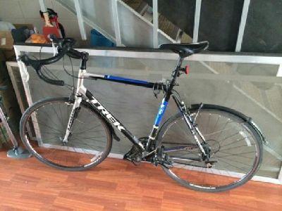 $450 2012 Trek 1.1 road bike
