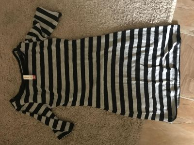 Black and gray striped dress - Size M (7-9)
