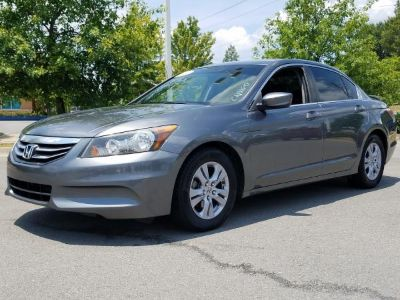 Pre-Owned 2012 Honda ACCORD SE Front Wheel Drive 4 Door Sedan