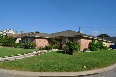 $834, 4br, Perfect 4 bedroom family home in highly desired area