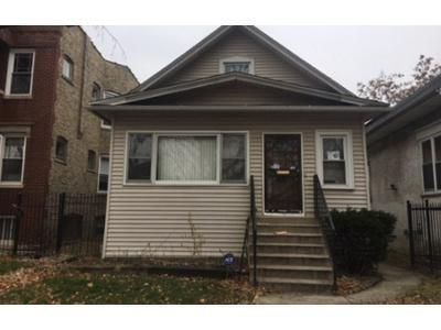 4 Bed 1 Bath Foreclosure Property in Chicago, IL 60651 - W Haddon Ave