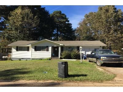 3 Bed 1 Bath Preforeclosure Property in Pearl, MS 39208 - Patterson Dr