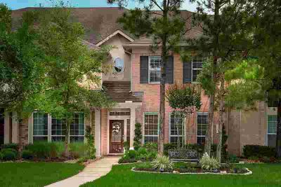 6 Ginger Jar Street SPRING Four BR, Lovely townhome on a