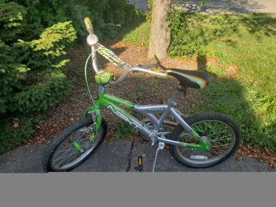 Kids/Boys Bike
