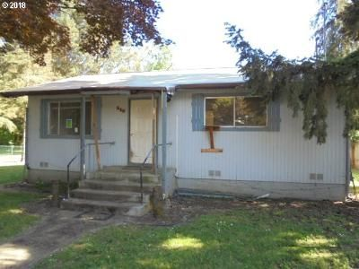 2 Bed 1 Bath Foreclosure Property in Dillard, OR 97432 - 5th St